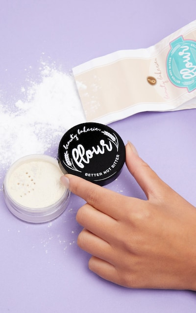 Beauty Bakerie Setting Powder Translucent Flour