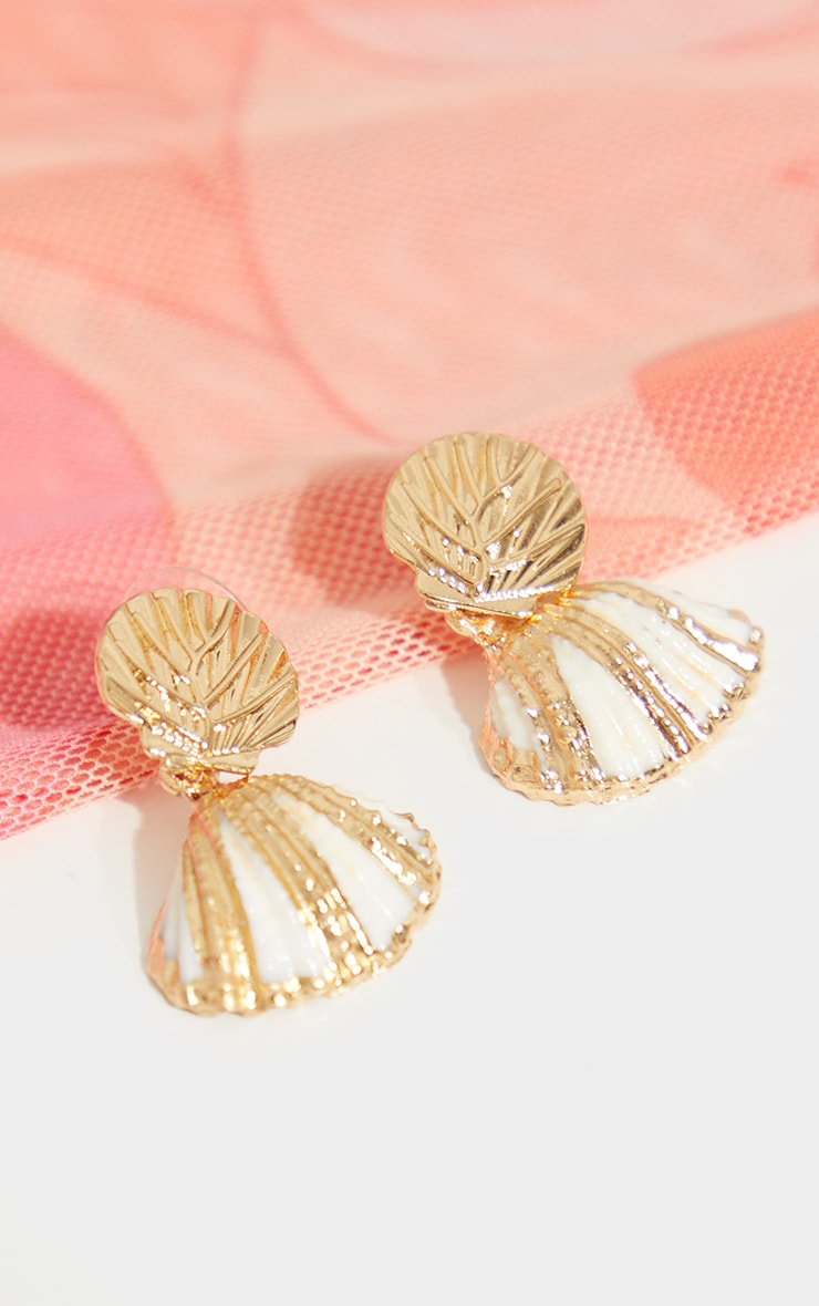 Gold Shell Earrings 1