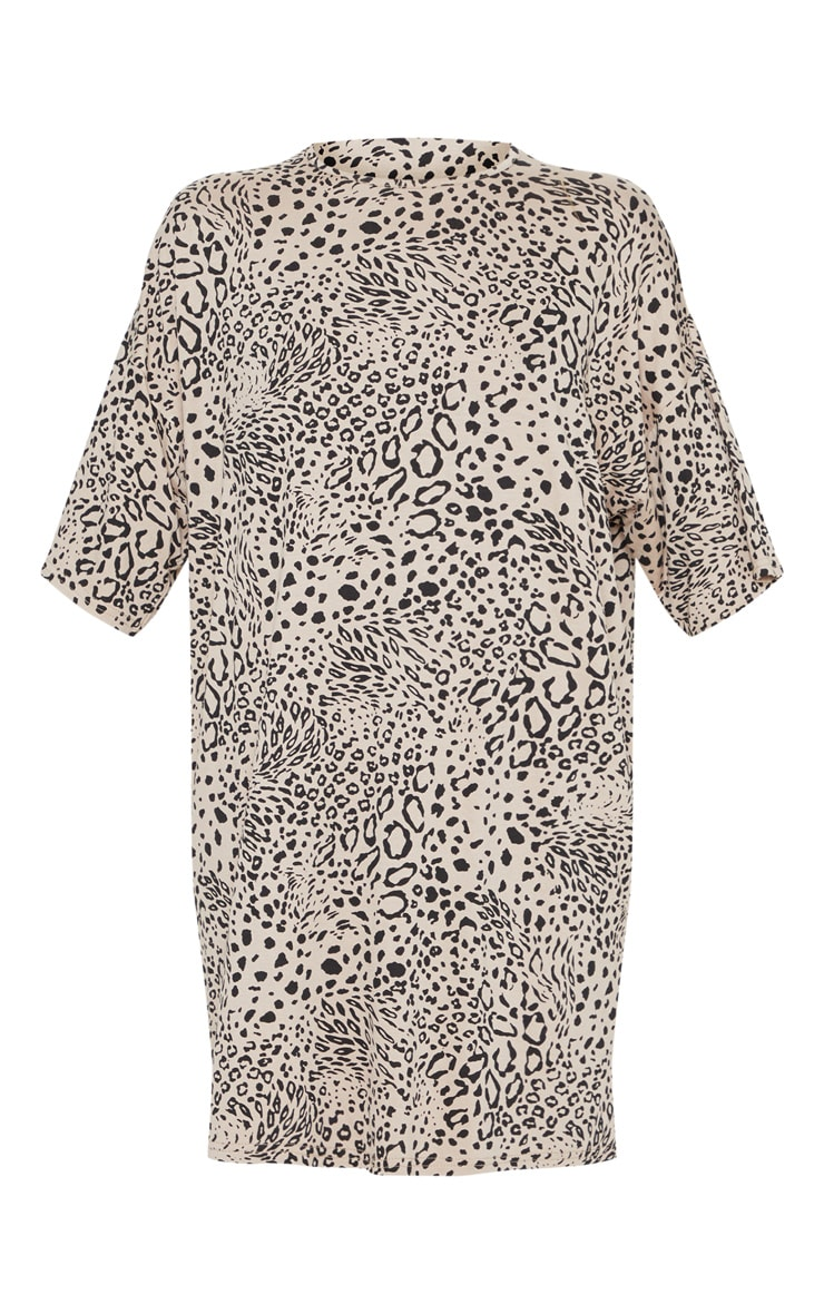Petite Leopard Print Oversized T Shirt Dress 3