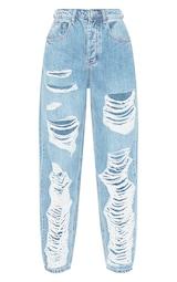 PRETTYLITTLETHING Light Wash Ripped Boyfriend Jeans 3