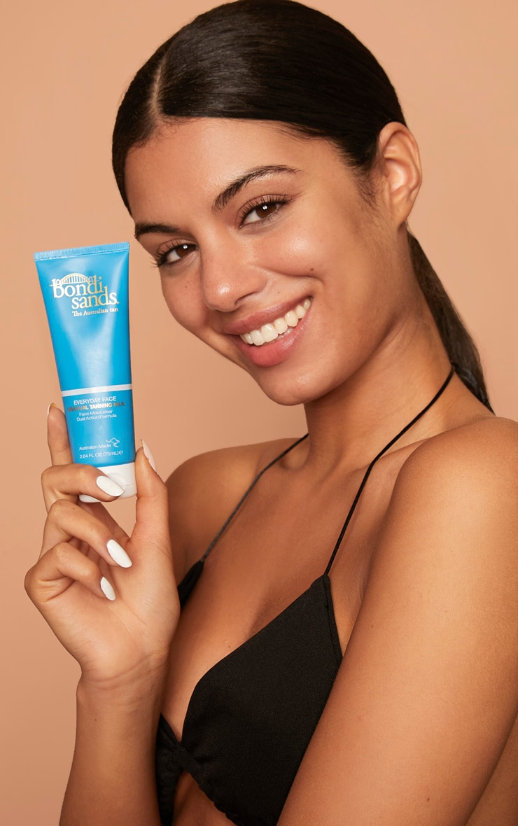 Bondi Sands Everyday Gradual Tanning Face Milk 3