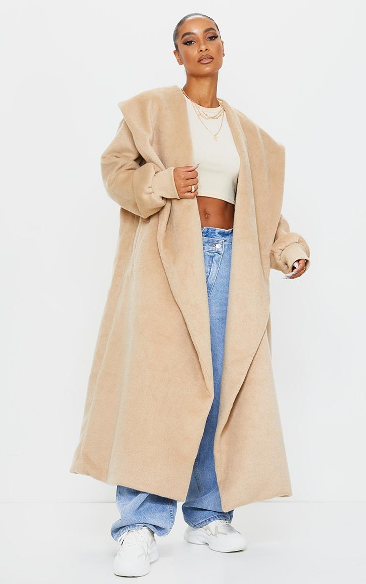 Manteau en laine effet brossé camel à détail col et manches ballon 4