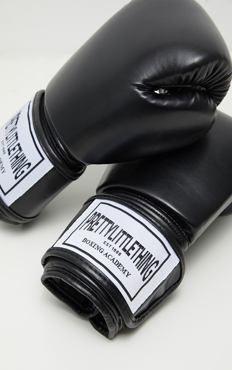 PRETTYLITTLETHING Black Boxing Gloves 6
