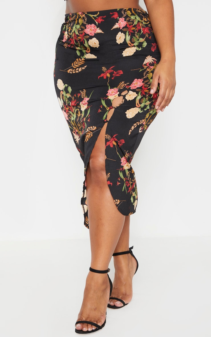 Plus Black Floral Button Detail Midi Skirt 2