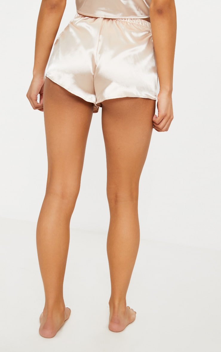 Ensemble de pyjama short satiné champagne 4