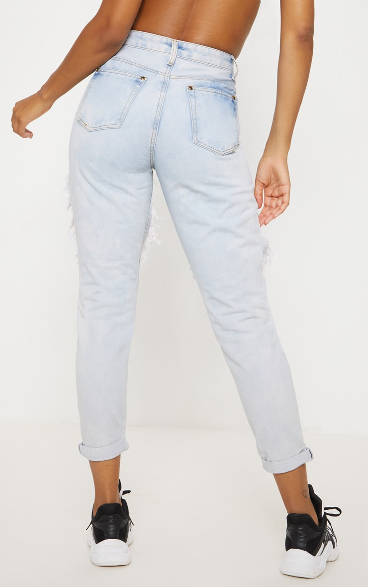 Bleach Wash Open Thigh Mom Jean 4