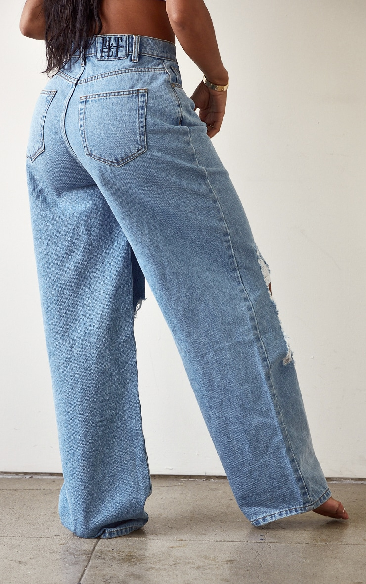 PRETTYLITTLETHING Shape Light Blue Wash High Waist Distressed Wide Leg Jeans 3