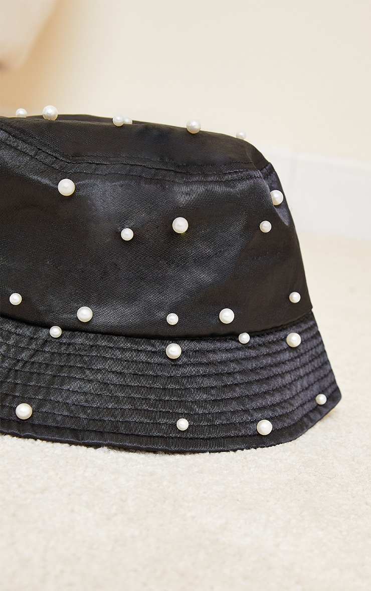 Black With White Pearls Bucket Hat 3