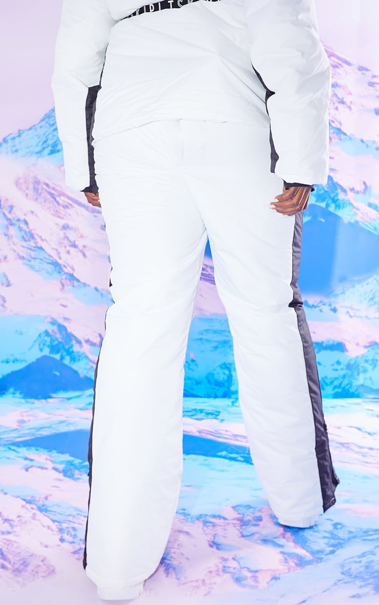 PRETTYLITTLETHING Plus Ski Monochrome Fit and Flare Ski Trousers 3