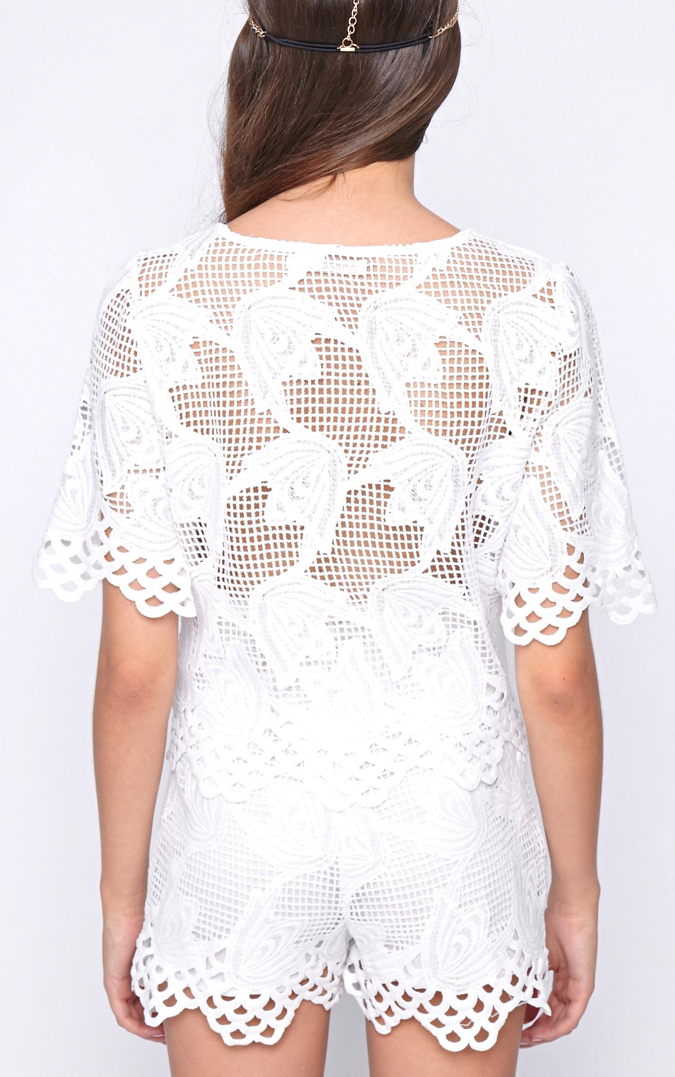 Fern White Crochet Boxy Crop 2