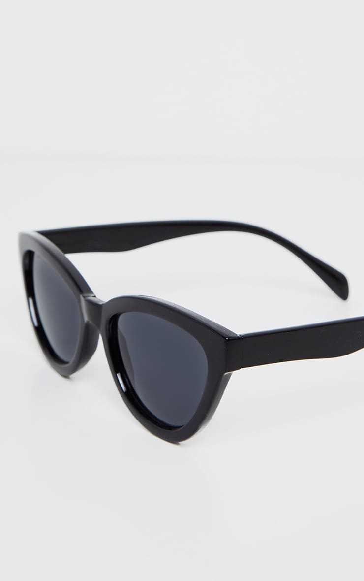 Black Shiny Oversized Cat Eye Frame Sunglasses 3