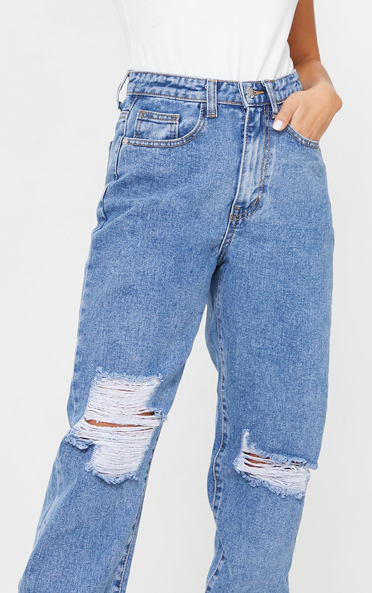 PRETTYLITTLETHING Petite Mid Blue Wash Extreme Distressed Jean 4