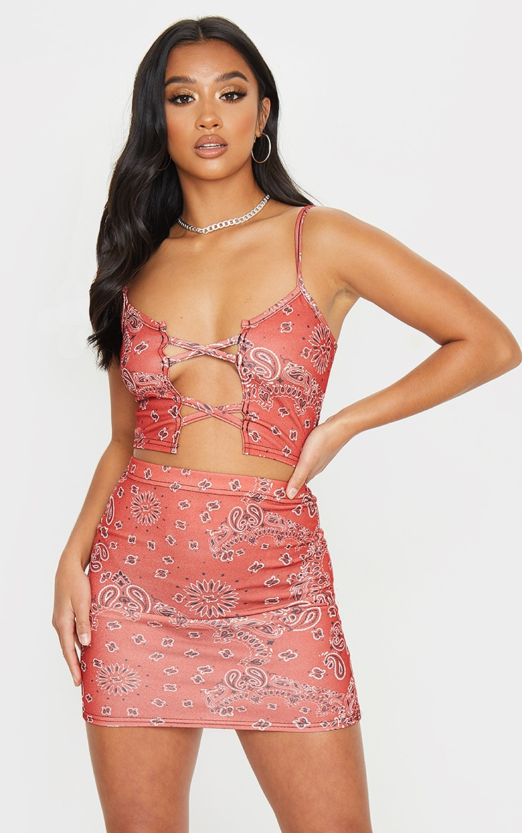 Petite Red Lace Up Detail Strappy Bandana Print Crop Top 1