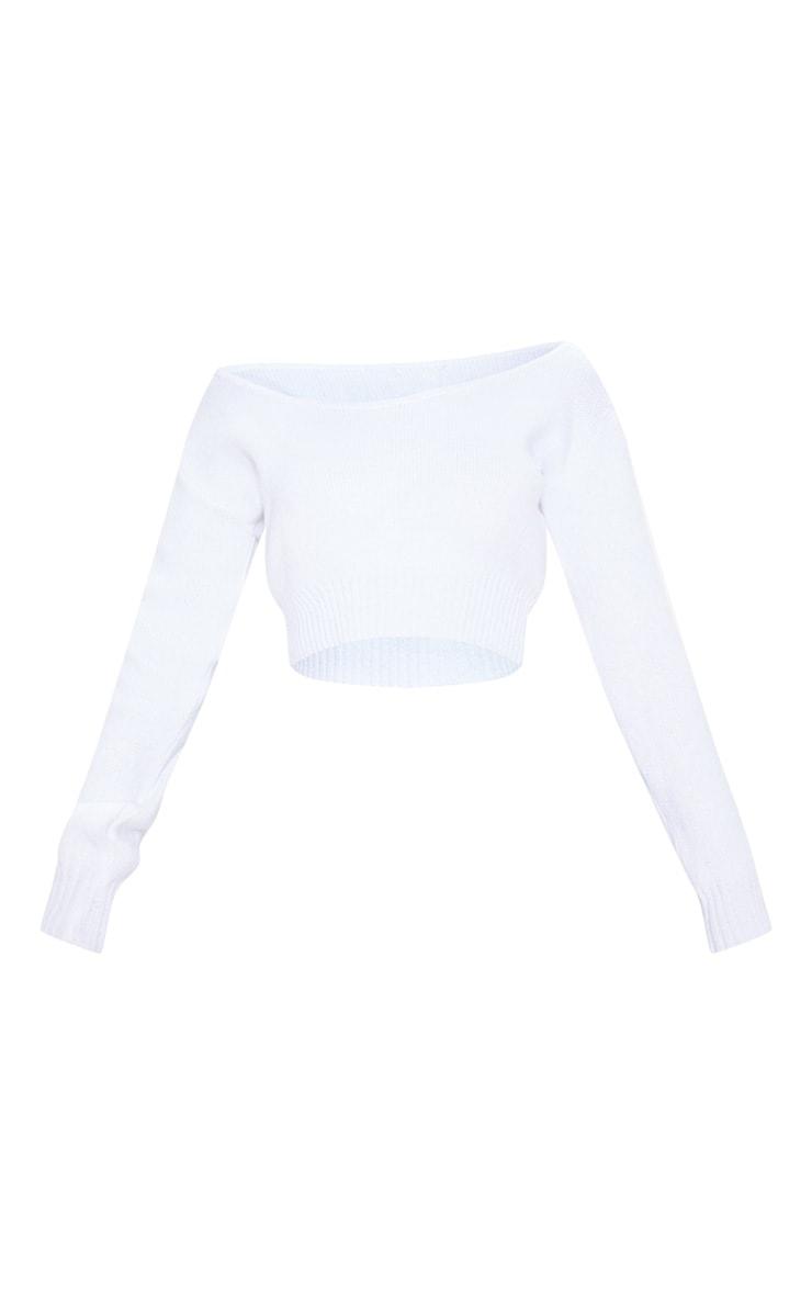 Pull court en maille blanche qui dénude les épaules 3