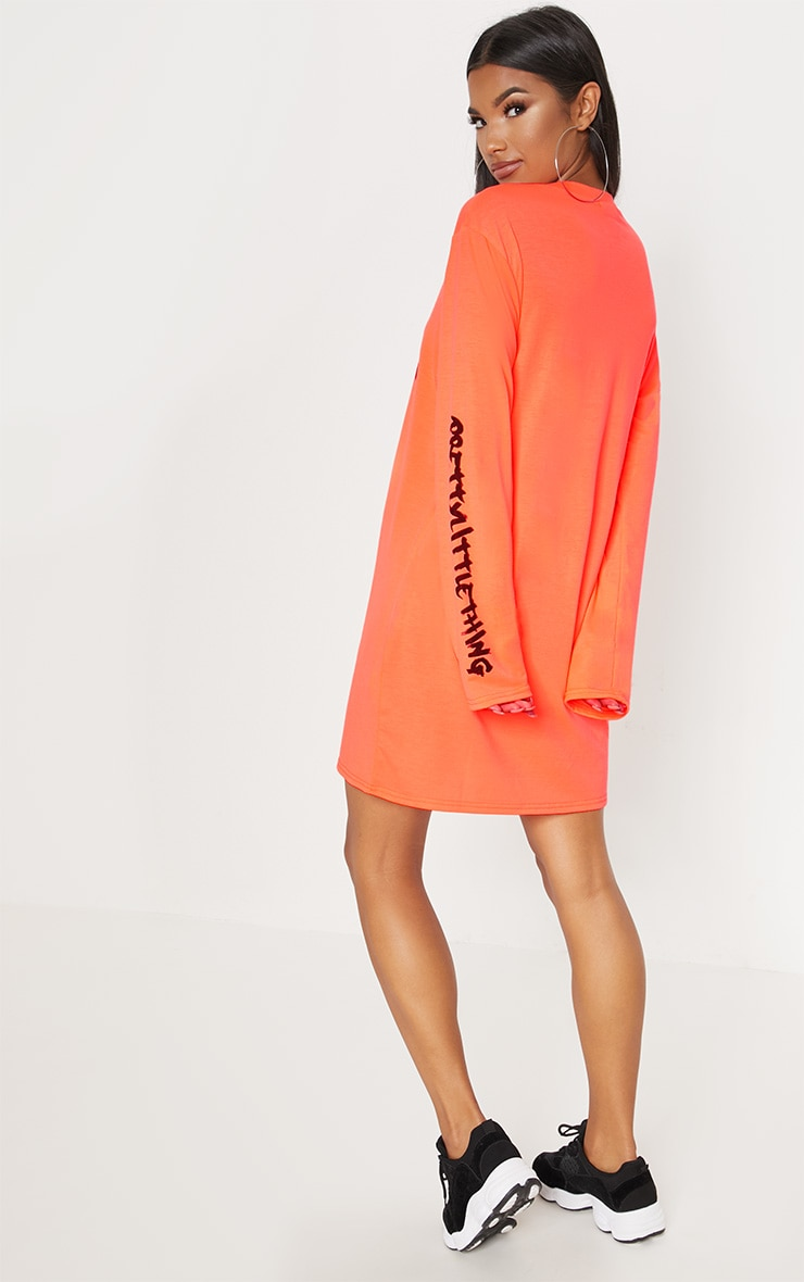 PRETTYLITTLETHING Neon Orange Slogan Long Sleeve T Shirt Dress 2