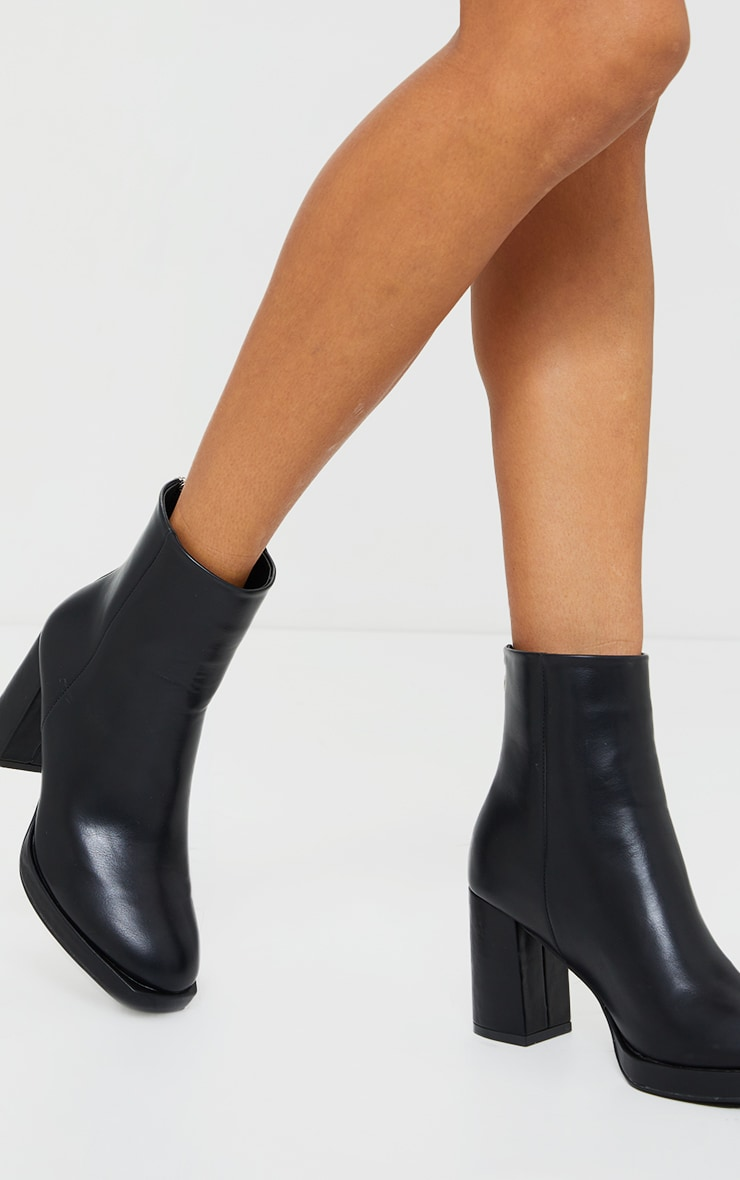 Black Slight Platform Basic Heeled Ankle Boots 1