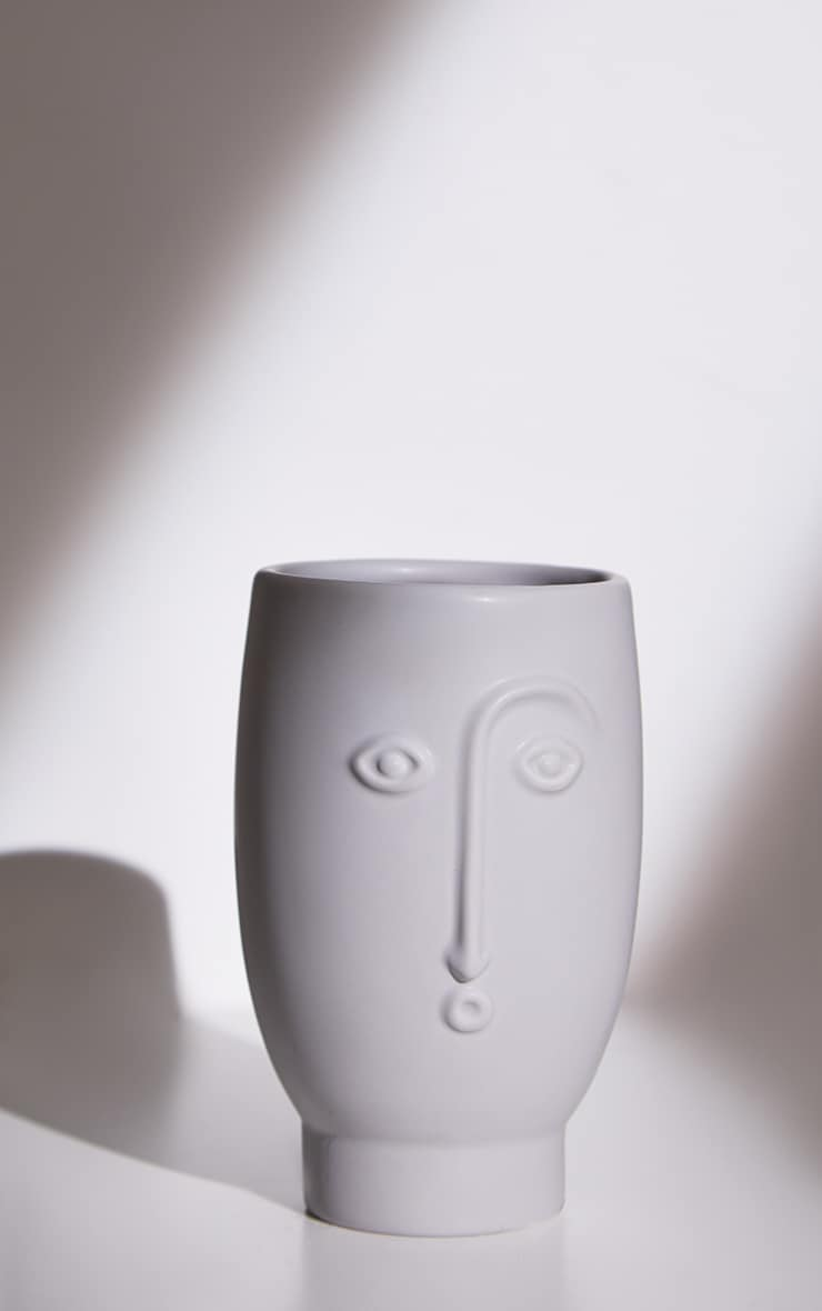 Grey Face Vase 3