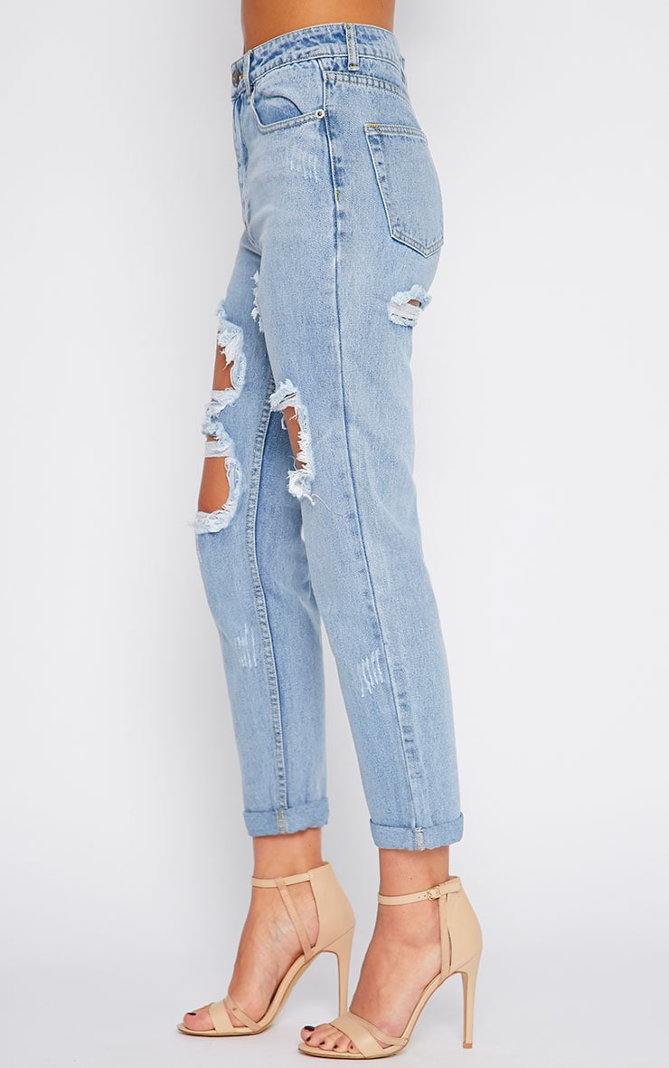 Lisa Light Blue Wash Ripped Mom Jean 3