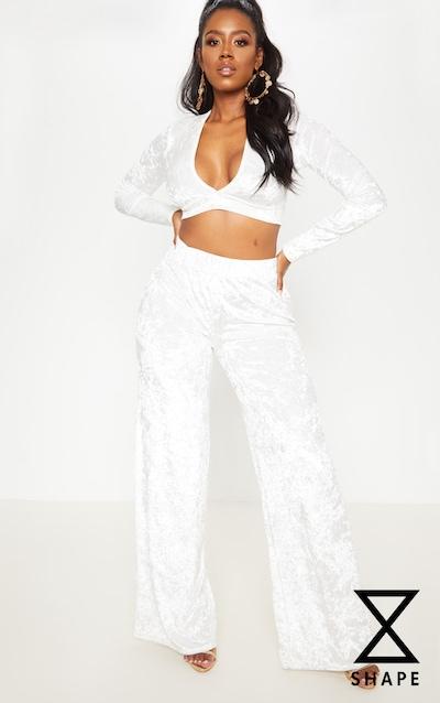 c127e2f150021 Shape - Pantalon ample en velours froissé blanc