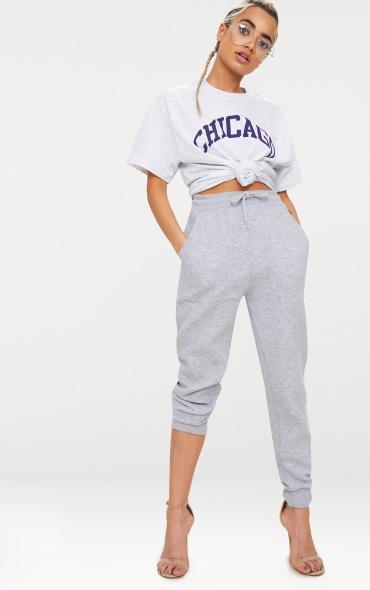 Tee-shirt gris clair oversized à slogan Chicago 4