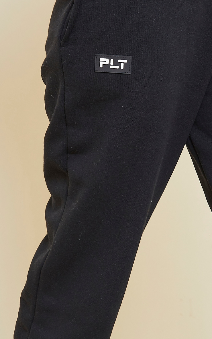 PRETTYLITTLETHING Black Badge Detail Straight Leg Jogger 4