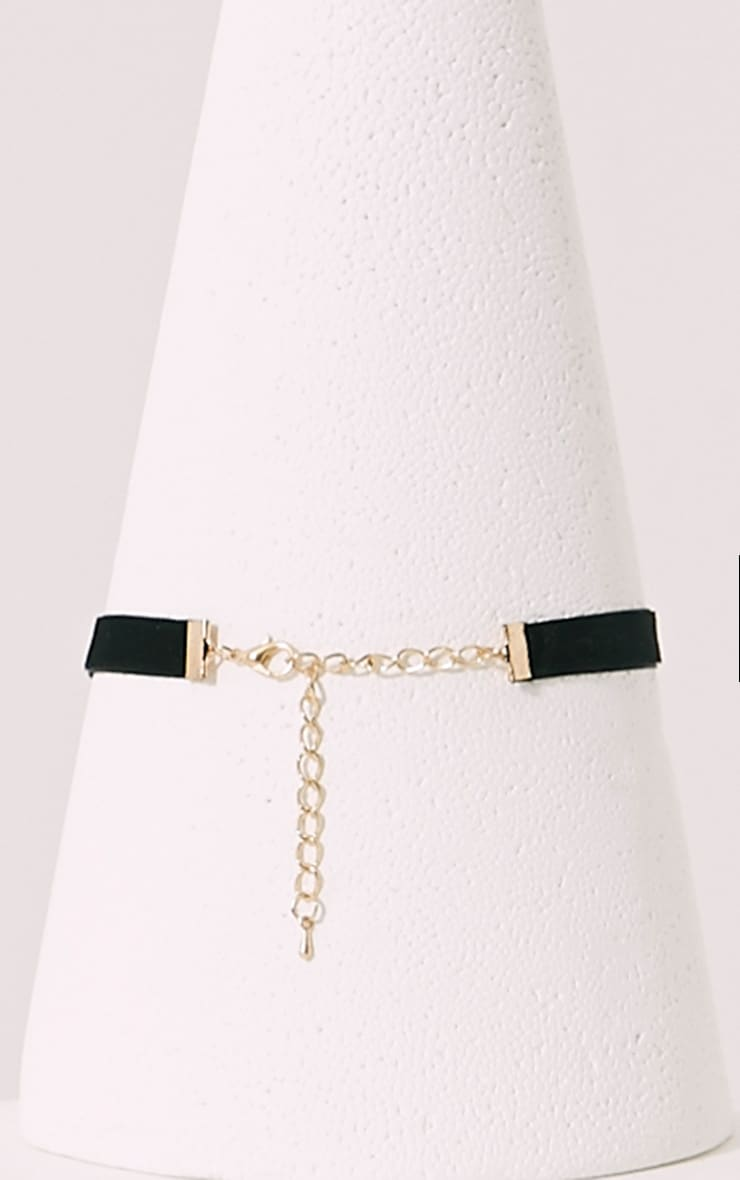 Arden Gold Star Choker 2