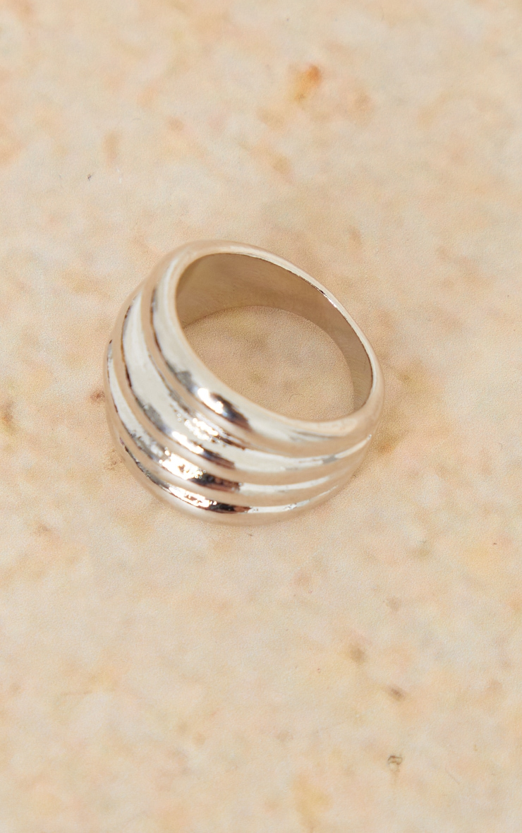 Silver Multi Ribbed Ring 3