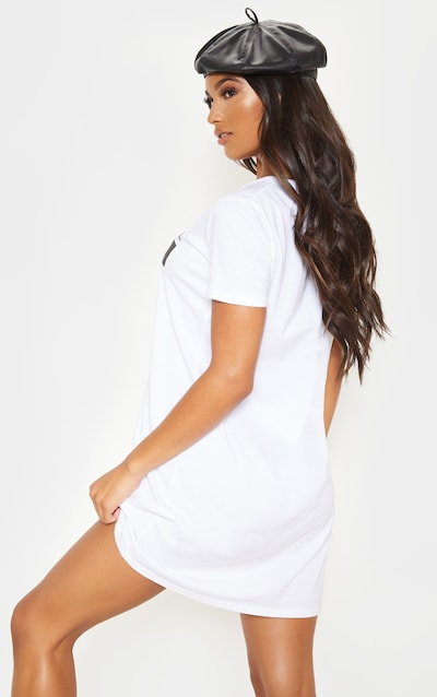 PRETTYLITTLETHING White Printed T Shirt Dress