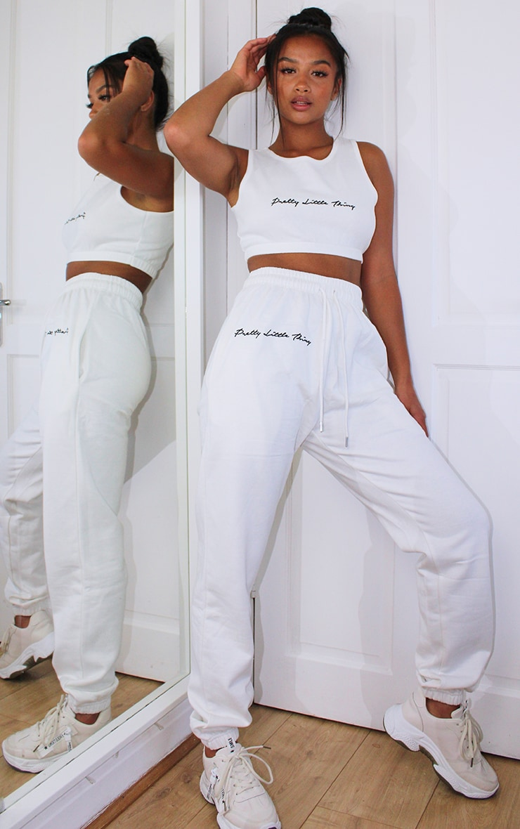 PRETTYLITTLETHING Petite White Embroidered Oversized Jogger 1