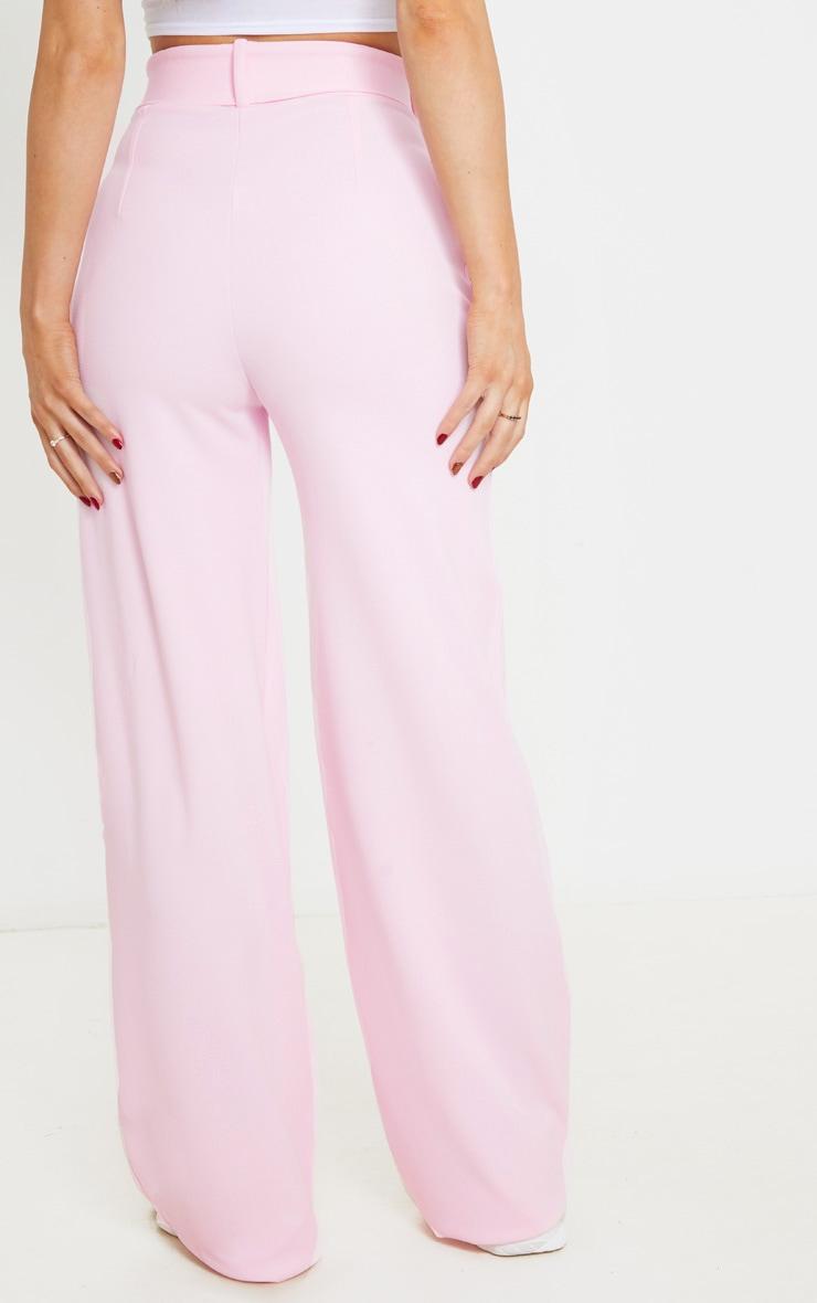 Pantalon jambes évasées rose à détail ceinture 4