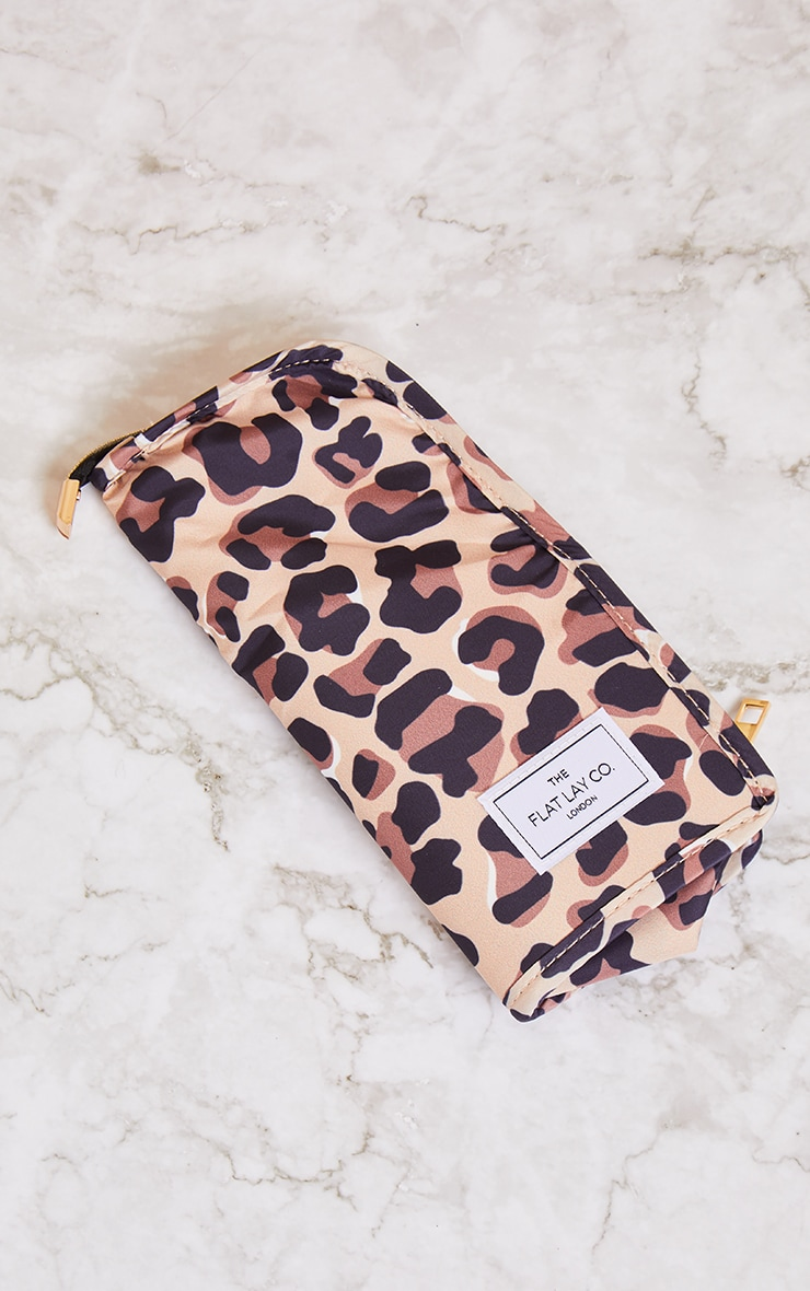 The Flat Lay Co Standing Brush Case Leopard Print 1