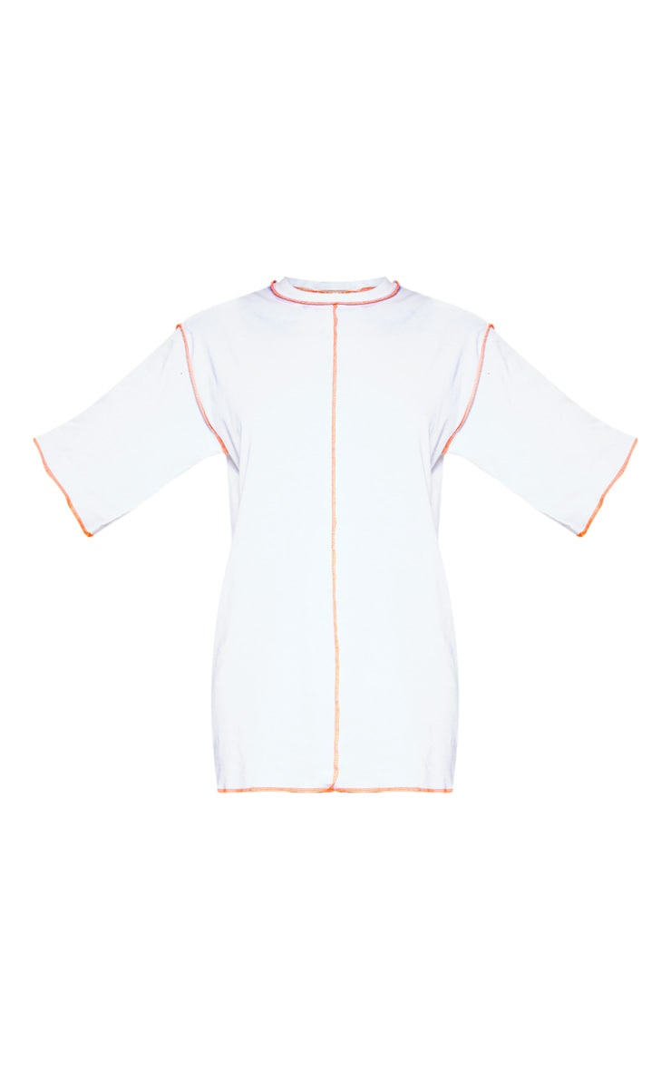 Robe t-shirt blanche oversize à coutures fluo 3