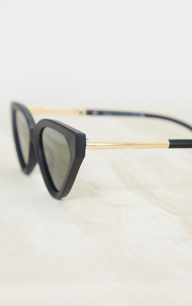 Black Matte Cat Eye Sunglasses 3