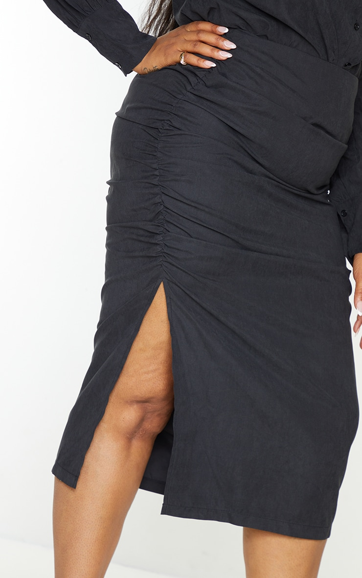 Plus Black Suede Textured Ruched Midi Skirt 4