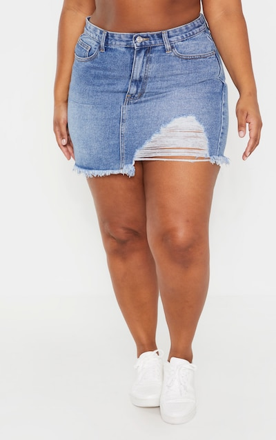 Plus Mid Wash One Sided Distressed Hem Denim Skirt