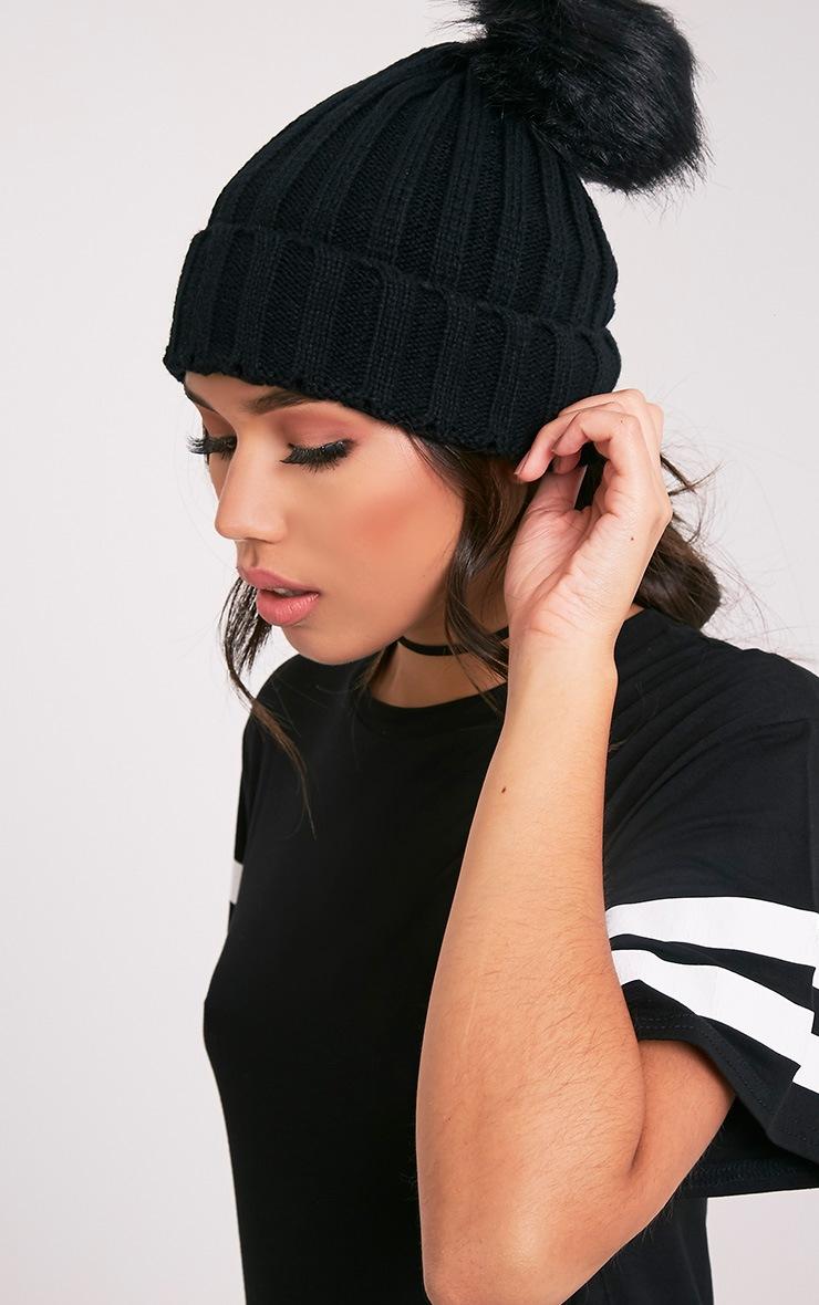 Junah Black Knitted Pom Pom Beanie 1