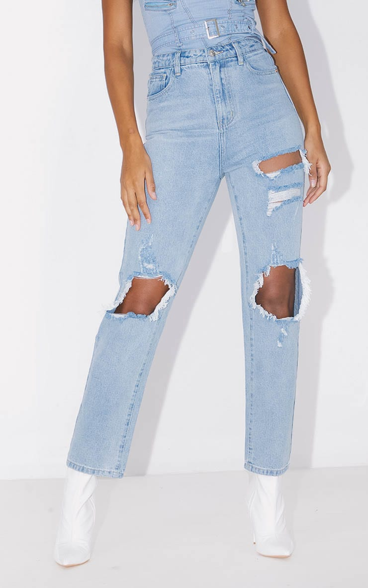 PRETTYLITTLETHING Bleach Wash Distressed Straight Leg Jeans 2