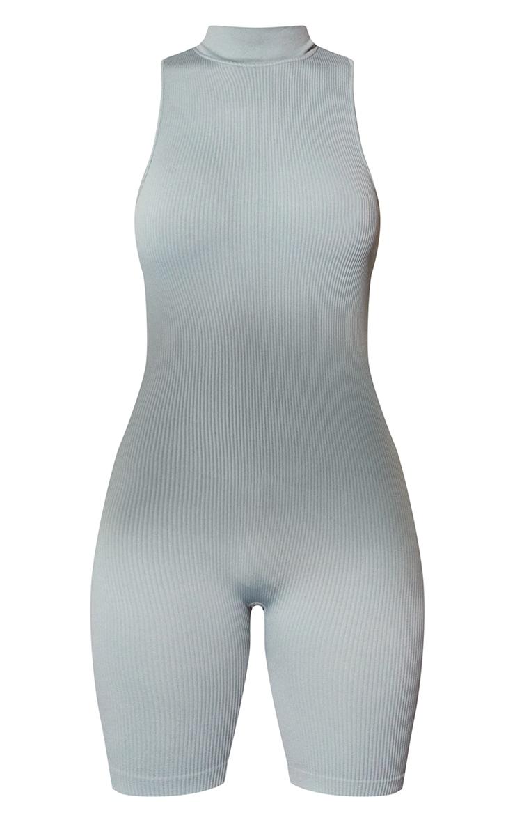 Combinaison moulante côtelée structurée vert sauge à col montant détail contours 5