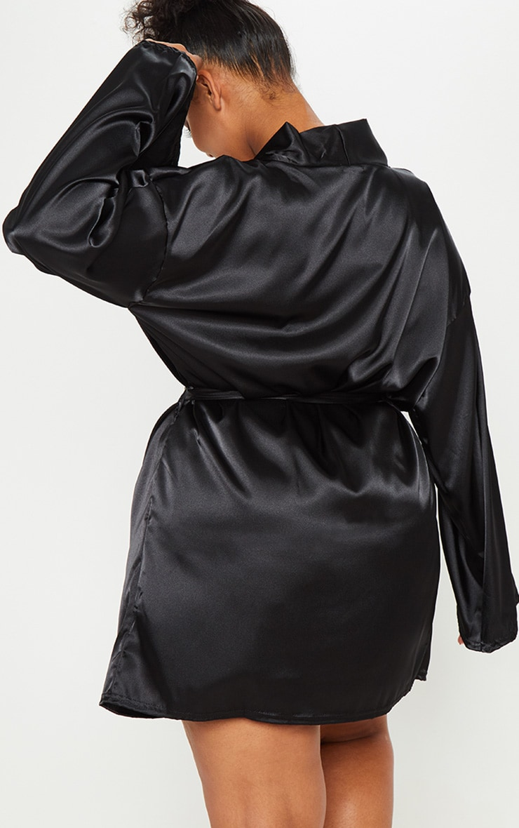 PRETTYLITTLETHING Plus Black Satin Robe 2