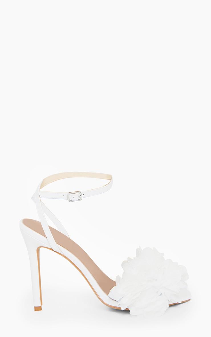 White Flower Embellished Strappy Heeled Sandals 3