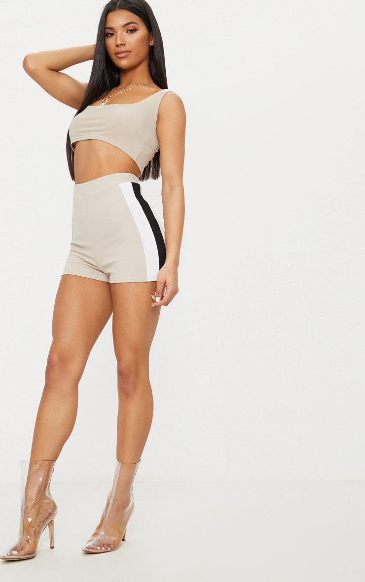 Stone Crepe High Waisted Side Stripe Short 5