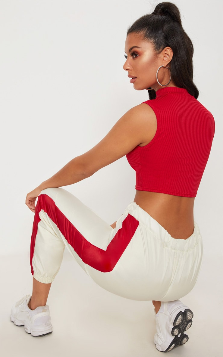 Red Ribbed Choker Plunge Crop Top 2