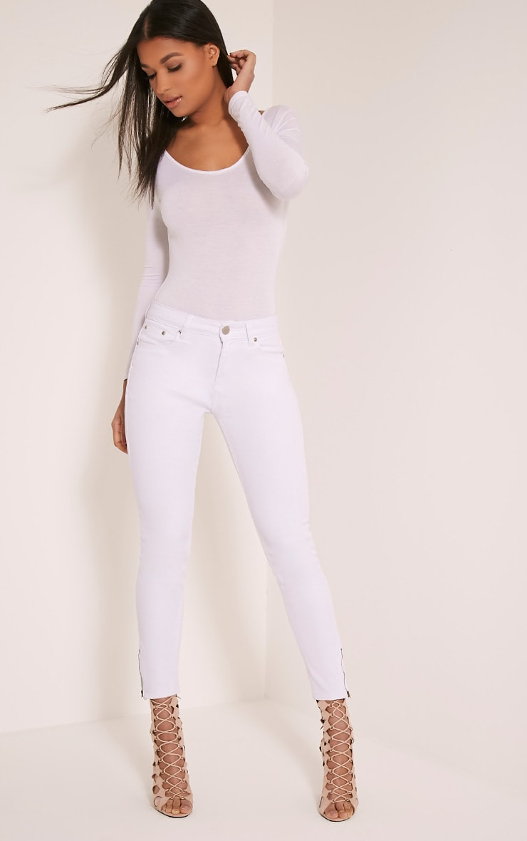 White High Waisted 5 Pocket Ankle Grazer Skinny Jean 7