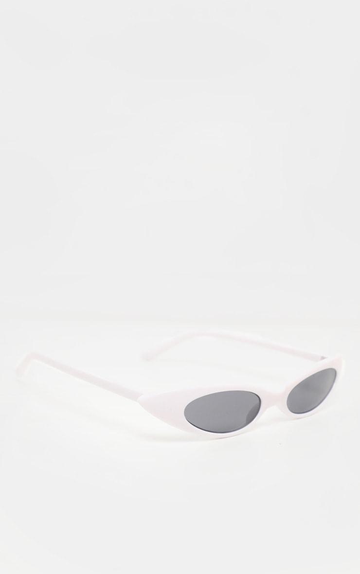 White Super Slim Cat Eye Sunglasses    3