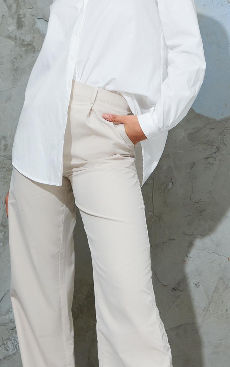 Pantalon droit en peau de pêche gris pierre 4