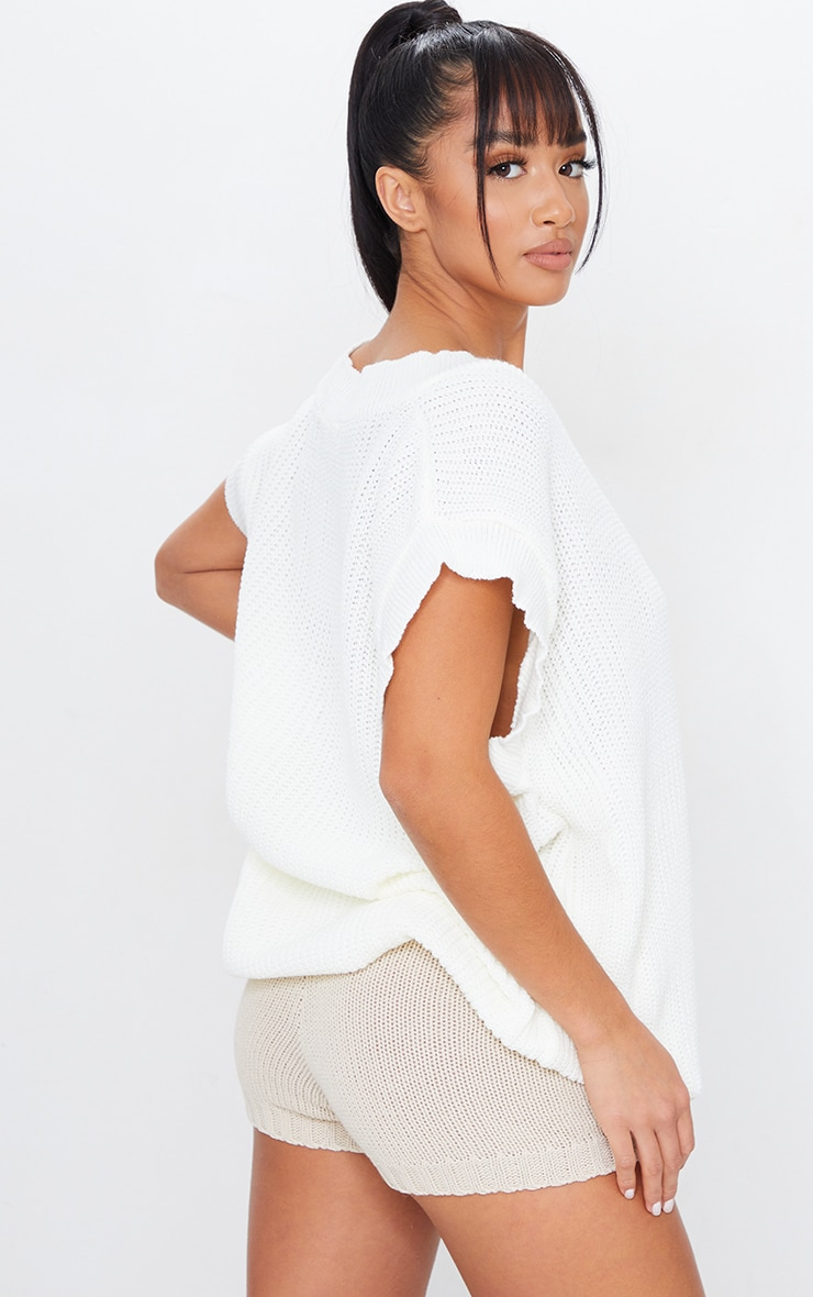 Petite Cream V Neck Sleeveless Sweater 2