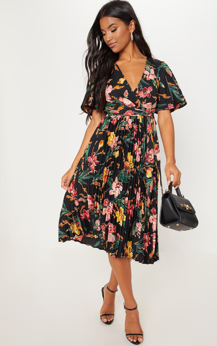 Black Floral Pleated Midi Dress Dresses Prettylittlething