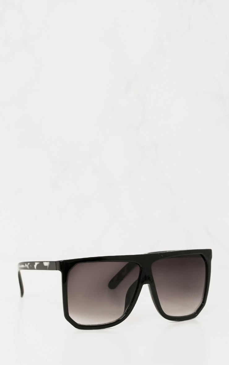 Black Wide Lens Sunglasses 3