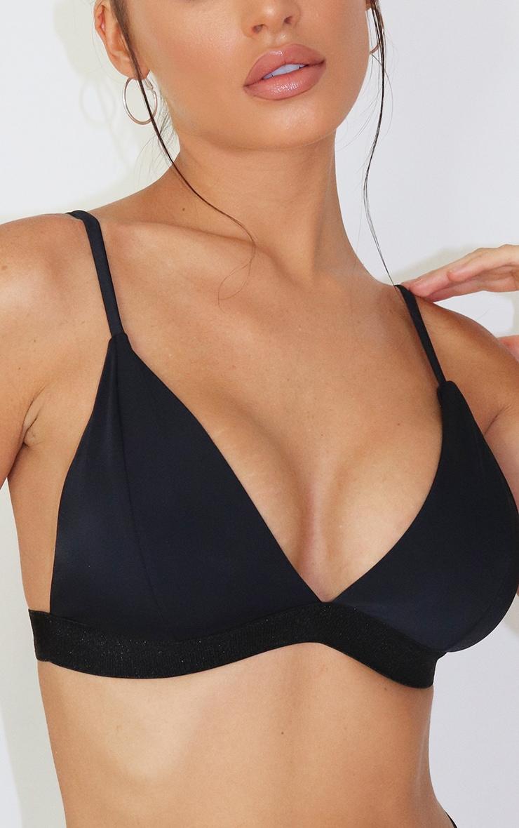 Haut de bikini triangle noir à ourlet élastique 4