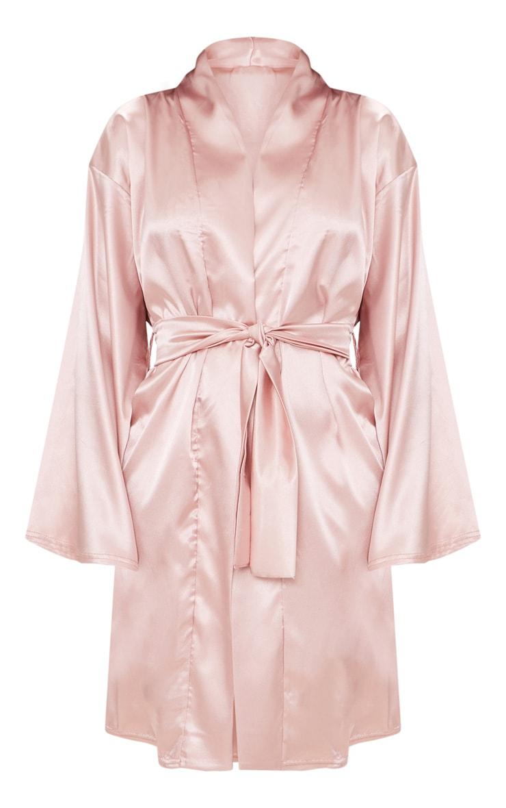 Robe de chambre satinée rose pâle 3